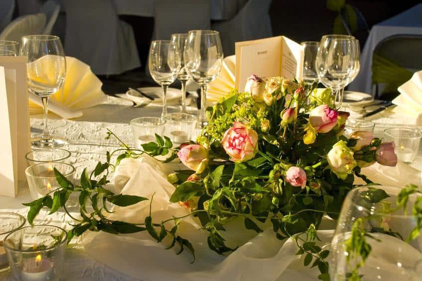 Hochzeit Rosen Als Tischdekoration Landhaus Ettenbuhl