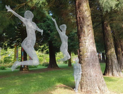 Kunst im Garten: Die Ausstellung zum Rosenfest